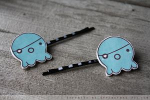 takopus hair pins by resubee