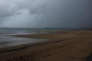 Nothing (under the rain in St Malo) by djailledie