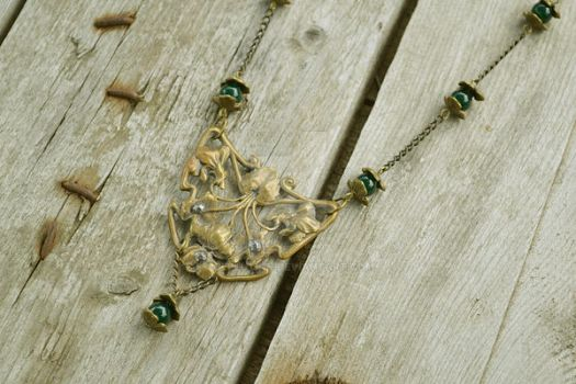 Necklace Foliage Vintage by Cellutinn