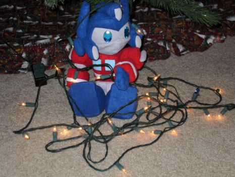 Untangling the ChristmasLights by nkfloofiepoof