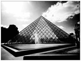 Le Louvre by ashevaan