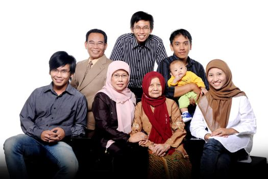 Big happy family together by bibliotheaque