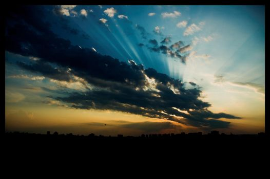 Rays of Sun over Ottawa by bigsdawg
