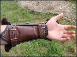 Vambrace #2 by LeatherCraft