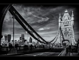 The Towerbridge 4 by calimer00