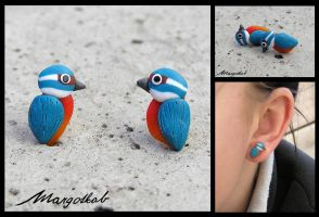 Kingfisher bird earrings by margotkab