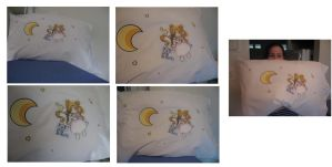 Moon Pillow by bchan