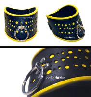 posture collar with yellow dots by leatherforfun