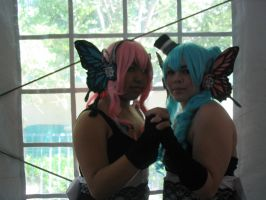 A-Con '10 : Luka and Miku by Komoko-chan