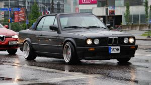 BMW E30 Cabrio by ShadowPhotography