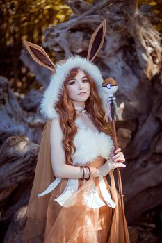 Pokemon Eevee by KikoLondon