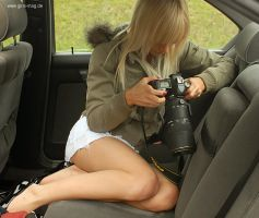 La Paparazza by Val-Mont
