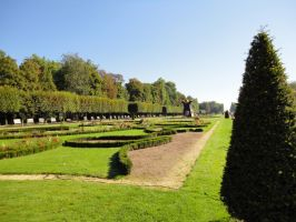 Jardin a la francaise by Highs-2-Lows