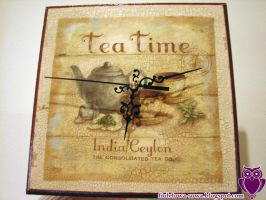 Tea time clock by Shadowisper