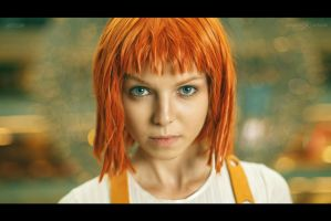 Leeloo by Selen-cosvamp