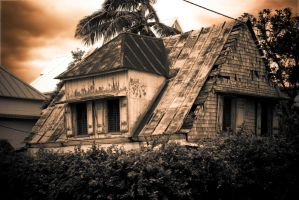 Haunted house by Aqqu