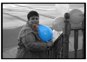Dorothy's Blue Balloon by Artiste-Inconnue
