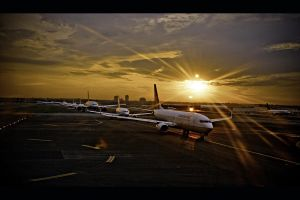 Airplanes in sunset by huy-nguyen