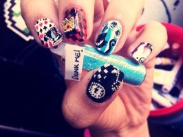 Nail art - Alice in wonderland by G3N3