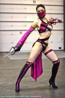 Cosplay Mileena  Alternate Costume, IgroMir 2012 by AsherWarr