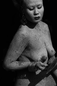 Of clay and flesh 30... by Iroiseorient