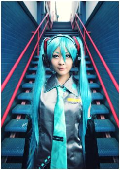 Vocaloid : Hatsune Miku 02 by beethy