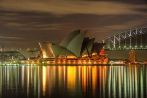 Opera house without lights by Kounelli1