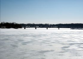 icey lake by loghry