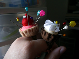 Tartlet Pincushion by SeaOfCreations