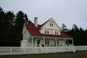 building 55: old house by cyborgsuzystock