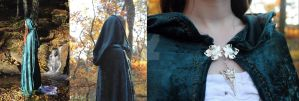 Elven green velvet cloak with golden embroidery by elweth-silvan-elf