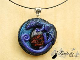 Pendant The Catcher of Illusions by Tantalia