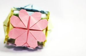 hearty kusudama by leezarainboeveins