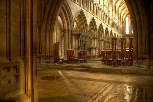 Inside Wells Cathedral by northernmonkeyz