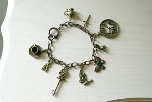 Wonderland Trinkets Bracelet by MonsterBrandCrafts