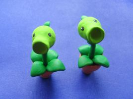 Plants vs Zombies Peashooter by mAd-ArIsToCrAt