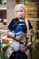 Fate/Apocrypha - Jeanne d'Arc Cosplay by voizofsnow