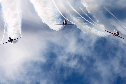 Red Arrows 3 by sambo-69