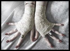 Rohan Lace Fingerless Gloves by ZenAndCoffee