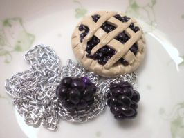 Blackberry Pie by GrandmaThunderpants