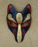 Custom Black Kitsune Mask by merimask