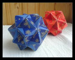 Origami Winter Globes by lonely--soldier