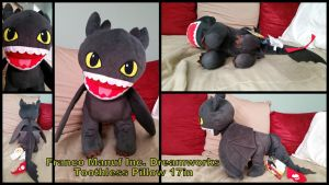 Large Toothless Pillow 17in by Vesperwolfy87