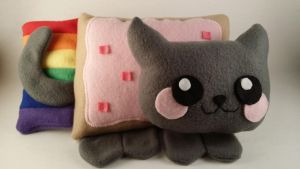 Nyan cat plush by StarDropCreations
