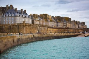 View to old Saint-Malo by olgaFI