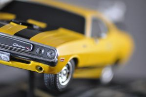 Dodge Challenger Statue IX by Rip-Stick-Racer