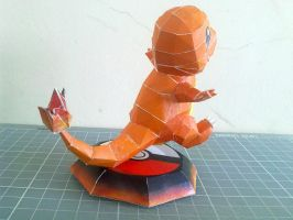 Papercraft - Charmander 02 by ckry