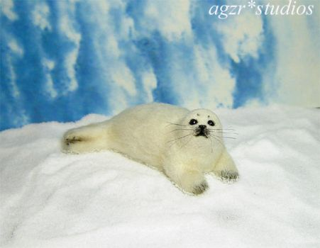 ooak 1:12 scale handmade Baby Harp Seal and furred by AGZR-STUDIOS