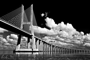 Vasco da Gama bridge by Nightline