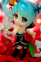 Miku Lamp - Red Rose by Bellechan